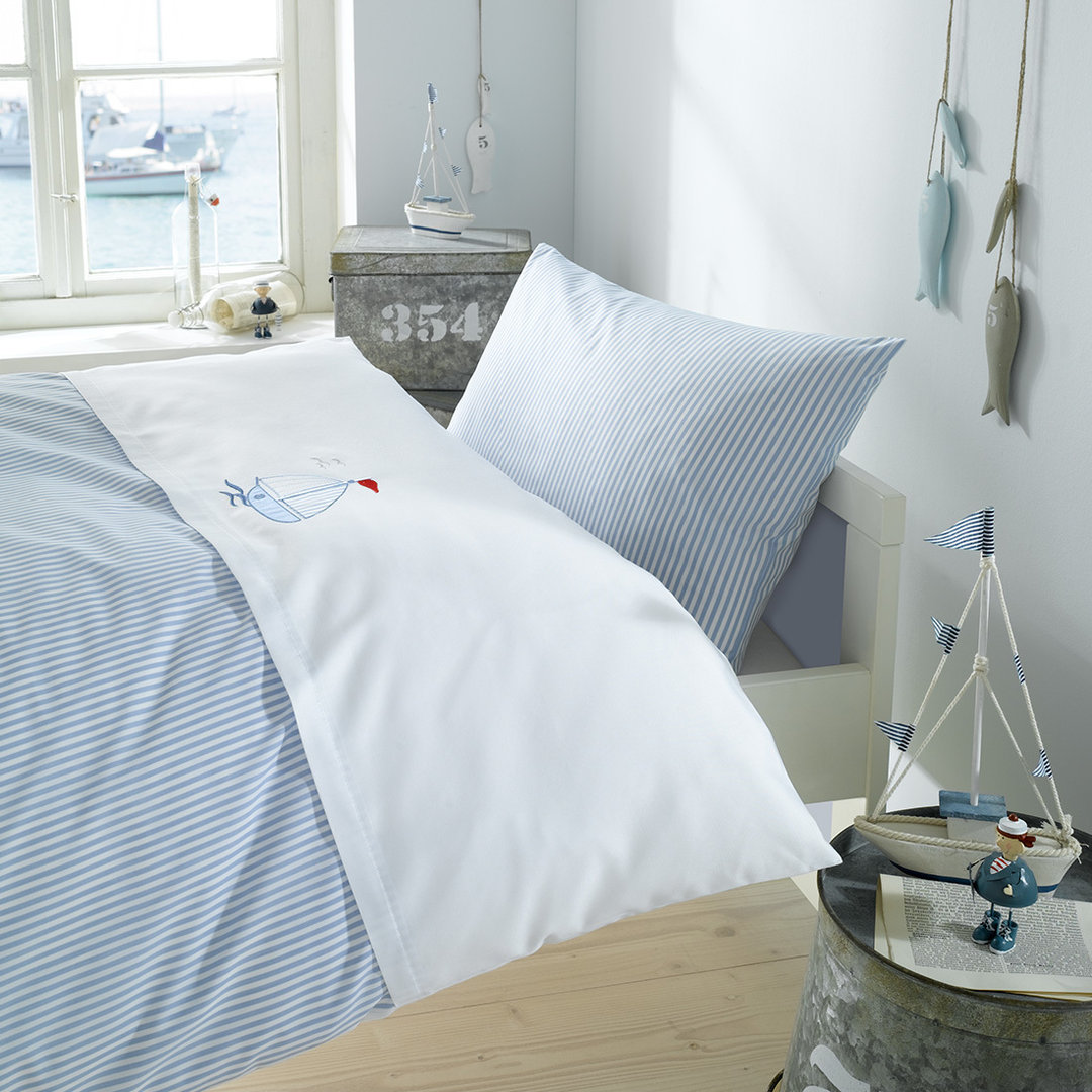 kinderbettw sche segelboot stickerei www nautic. Black Bedroom Furniture Sets. Home Design Ideas